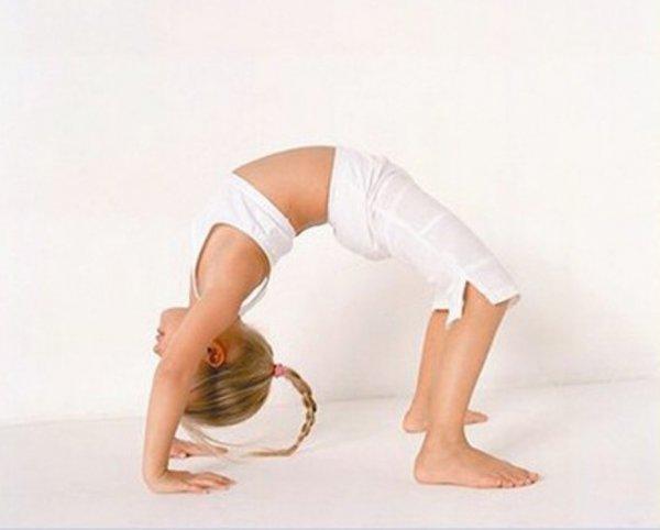 Художественная гимнастика (от 3-х лет)